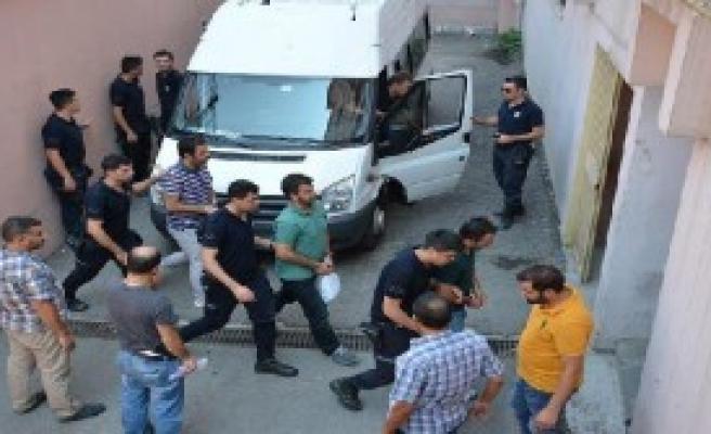 Gebze'de 21 Polis Gözaltına Alındı