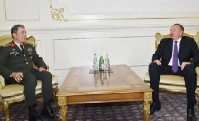 Genelkurmay Başkanı Akar, Aliyev'le Görüştü