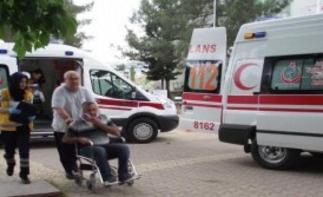 Gölbaşı'nda Otomobil Devrildi: 4 Yaralı