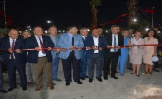 Gölpark Menemen'de Açılış İzdihamı