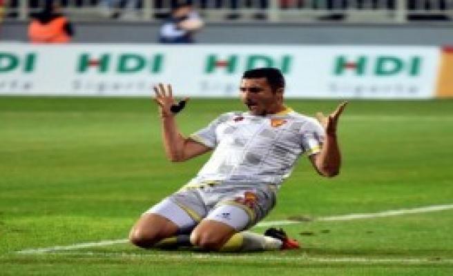 Göztepe'de Jahovic Kariyer Rekoruna Yakın