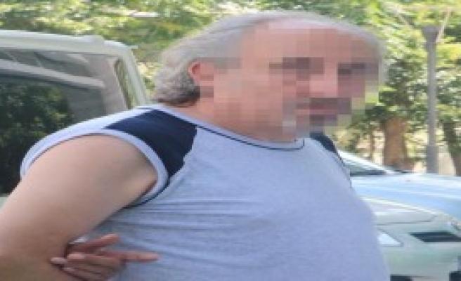 Gümrük Kaçağı Sigara ve İçkiyle Yakalandı