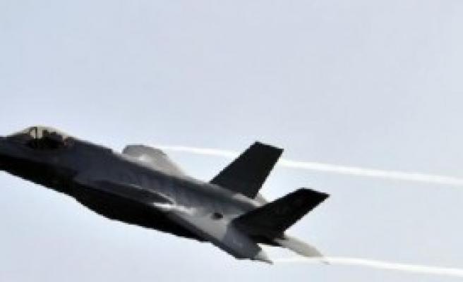 20 Yeni Savaş Uçağı Satın Alıyor