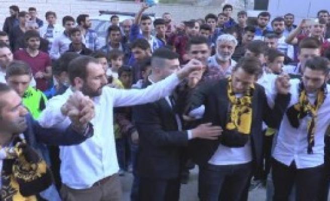 Çalhanoğlu ve Ailesi Bayburt'ta Tatilde