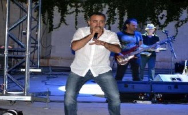 Haluk Levent, Datça'yı Coşturdu