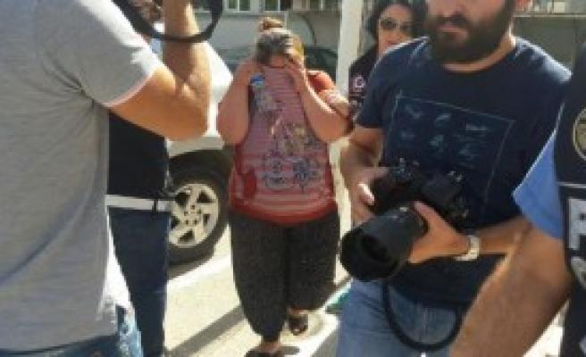 Hamile Kadın Uyuşturucu Satarken Yakalandı