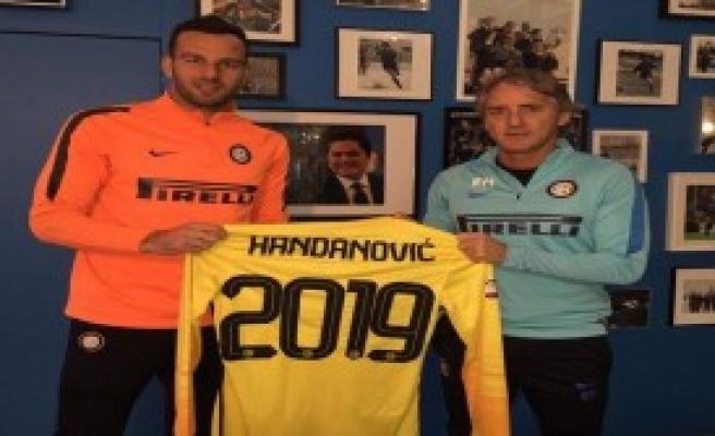 Handanovic Inter'de Kaldı