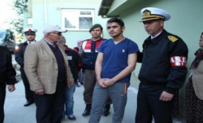 Hani'de Yaralanan Asker Baba Ocağında
