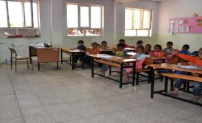 Harabe Okulda Ders