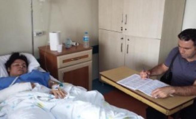 Hastane Odasında Açık Öğretim Sınavına Girdi