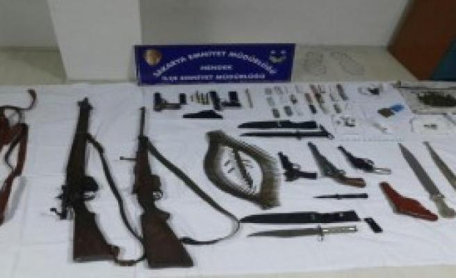 Hendek'te Uyuşturucu Operasyonunda 4 Tutuklama