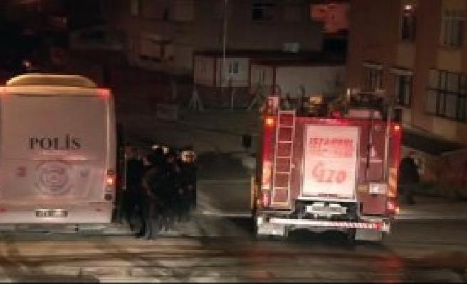 Polis Gaz İle Müdahale Etti