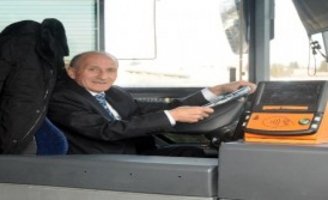 İETT'nin Sevilen Şoförü Emekli Oldu