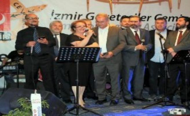 İGC Üyeleri Yılbaşı Balosunda Buluştu