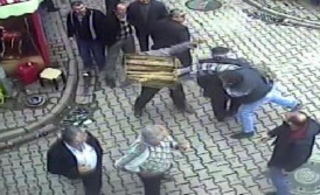 İnebolu'da Bıçaklı Kavga: 1 Yaralı