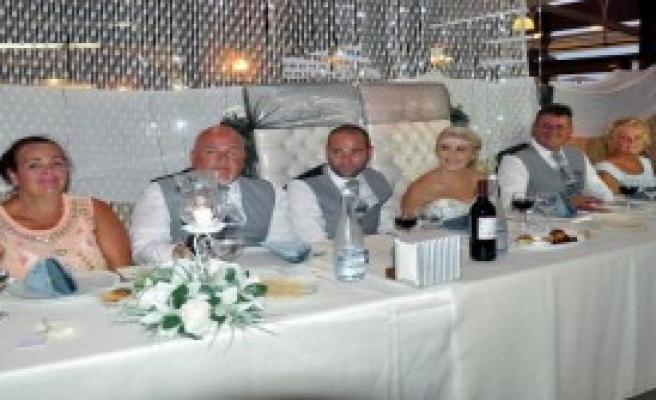 İngiliz Çift Didim'de Evlendi