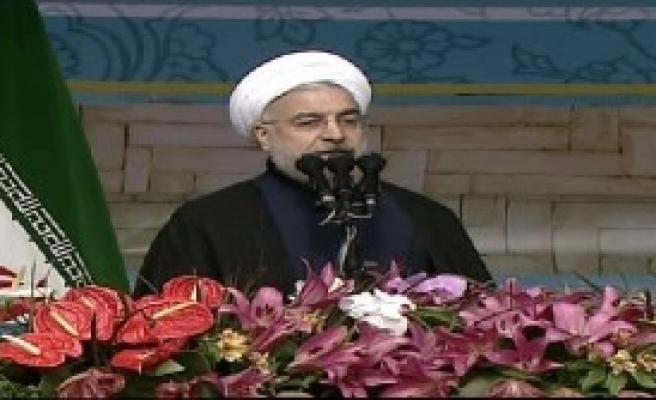 İran Devrimini Kutluyor, Gündem Yolsuzluk