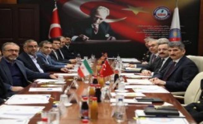 İran Heyeti Türkiye'de