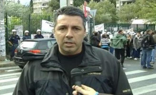 Devlet Televizyonuna Polis Baskını