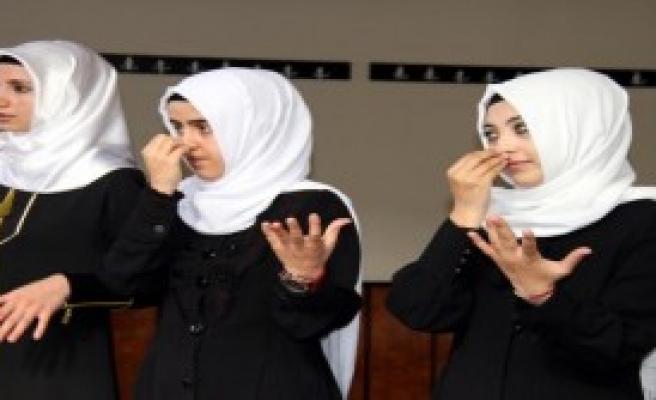 İşaret Dili İle Kuran-I Kerim Kursu