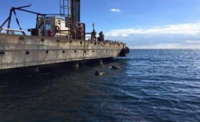 İskeleden Denize Düşen İşçi Kayboldu