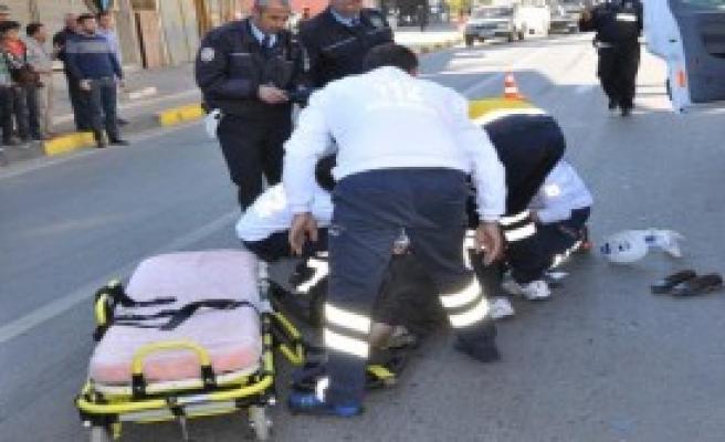 İslahiye'de Otomobilin Çarptığı Kadın Yaralandı