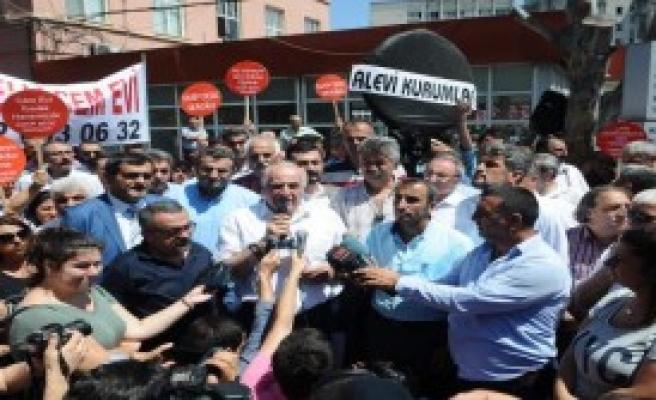 Alevi Hastaya Hakaret Protestosu