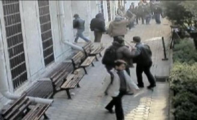 İstanbul Üniversitesi'nde Öğrenci Kavgası