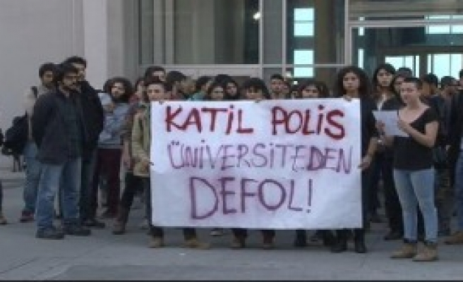 İstanbul Ve Mimar Sinan Üniversitelerinde Gerginlik