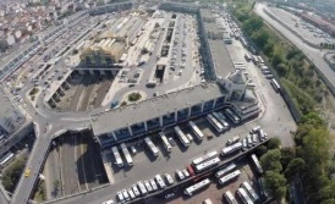 İstanbul'da Bayram Trafiği Etkili Olmaya Başladı