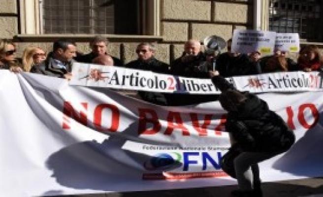 İtalyan Gazetecilerden Destek