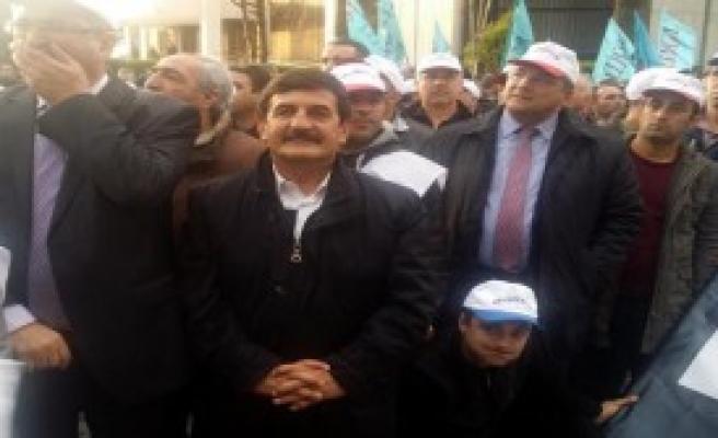 İzmir'de İşçiler Yürüdü