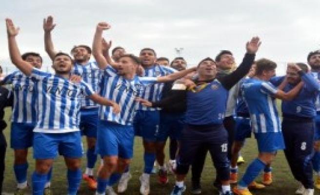 İzmirspor 1 - 0 Bornova 1881