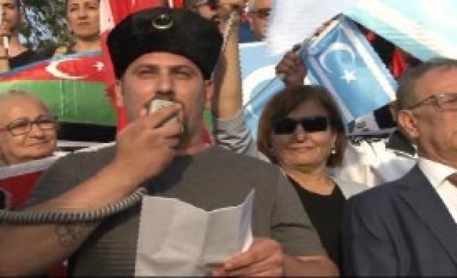 Kadıköy'de Referandum Eylemi