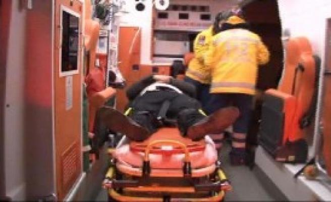 Kadıköy'de Kaza: 1 Ölü 2 Yaralı