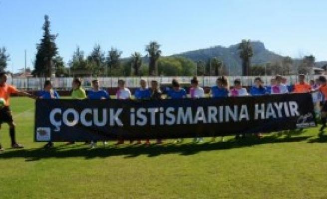 Kadınlar Ligi Maçında Protesto