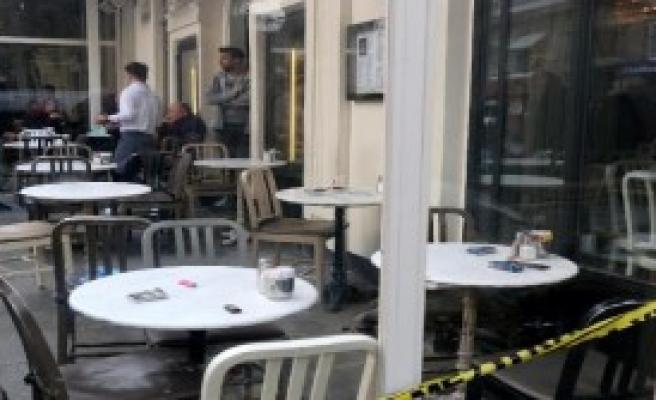 Kafede Silahlı Saldırı...