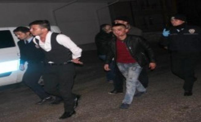 Karaman'da Silahlı Çatışma: 2 Yaralı