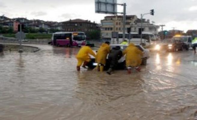 Kastamonu'da Yağmur Etkili Oldu