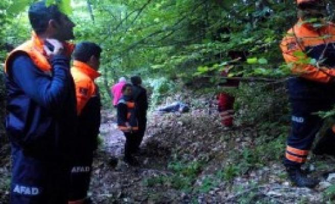 Kayıptı Cesedi Ormanda Bulundu