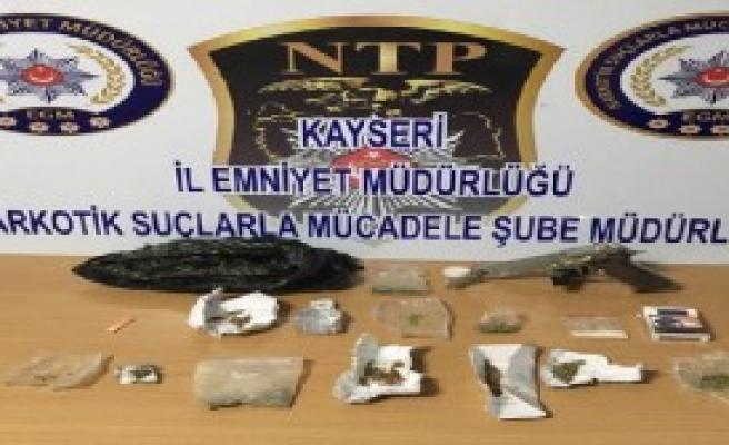 Uyuşturucu Ticaretine 3 Gözaltı