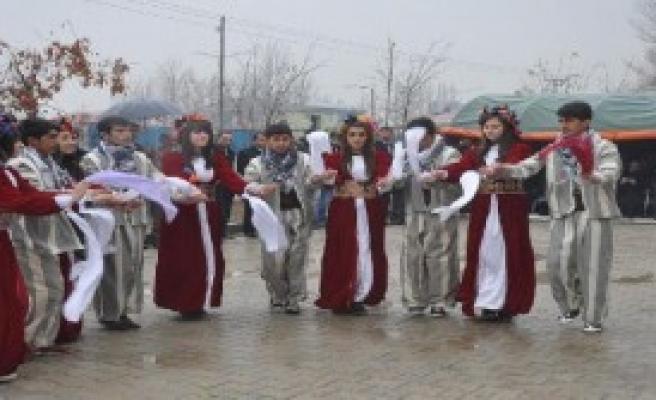 Kayserili Avukattan Yüksekova'ya Okul