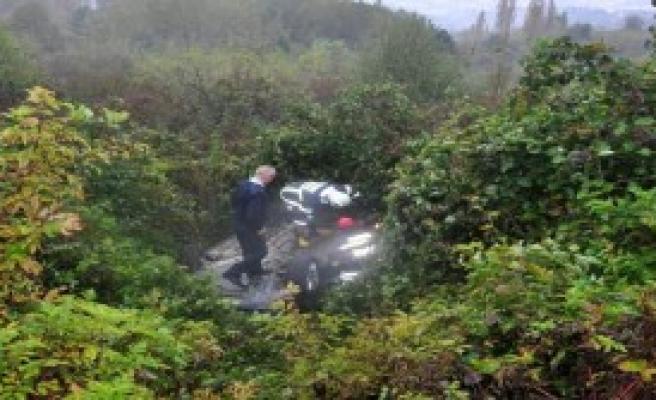 Kaza Yapan Otomobilin Sürücüsü Aranıyor