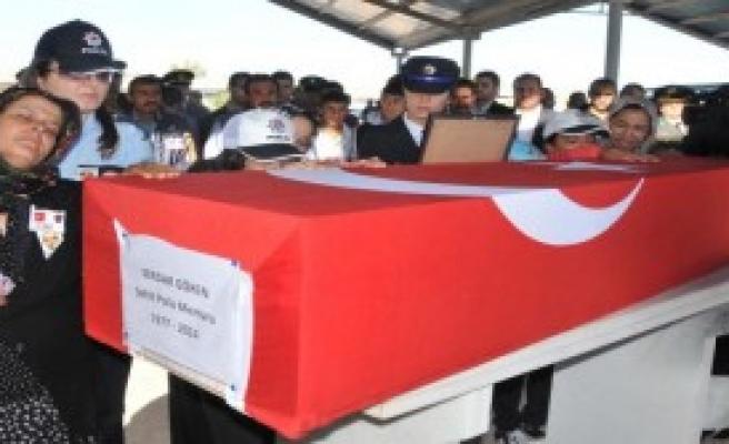 Şehit Polis Törenle Memleketine Gönderildi