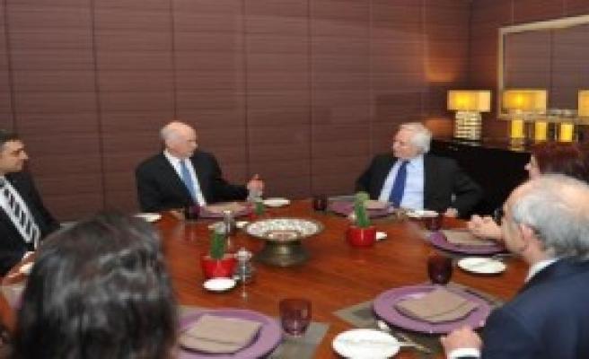 Kılıçdaroğlu, Papandreu Bir Araya Geldi