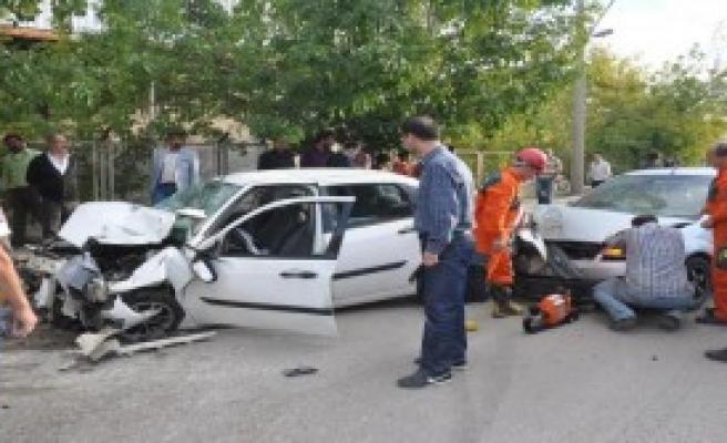 Kırıkkale'de Zincirleme Kaza: 5 Yaralı