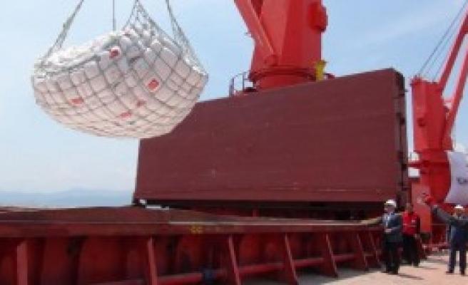 Kızılay'ın Ramazan Yardım Gemileri Hazırlanıyor