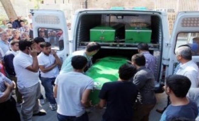 Kobani'den Gelen 9 Kişi Öldü