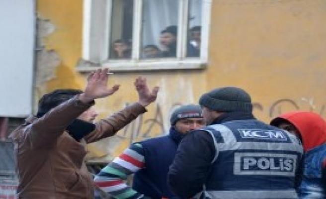 Konya'da Suriyeli Mahallesine Polis Operasyonu