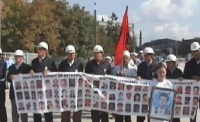 Kosova'da Kayıp Kişiler Anıldı
